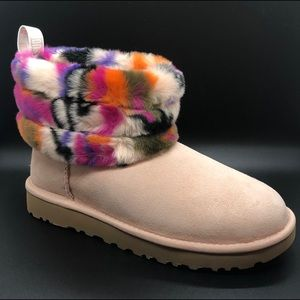 "NEW Women's Ugg Fluff Mini Quilted ""Motlee"" Boot"